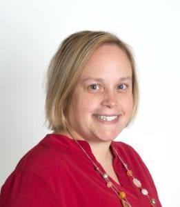 Carrie Knipfer headshot